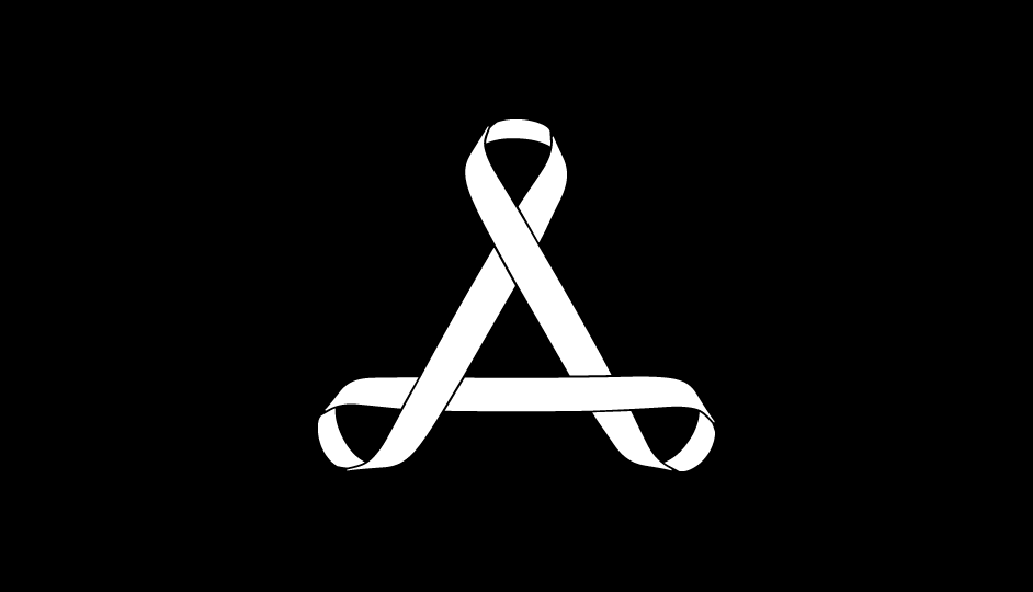 03. Tríada de lazos imbricados en composición esférica (blanco sobre negro).