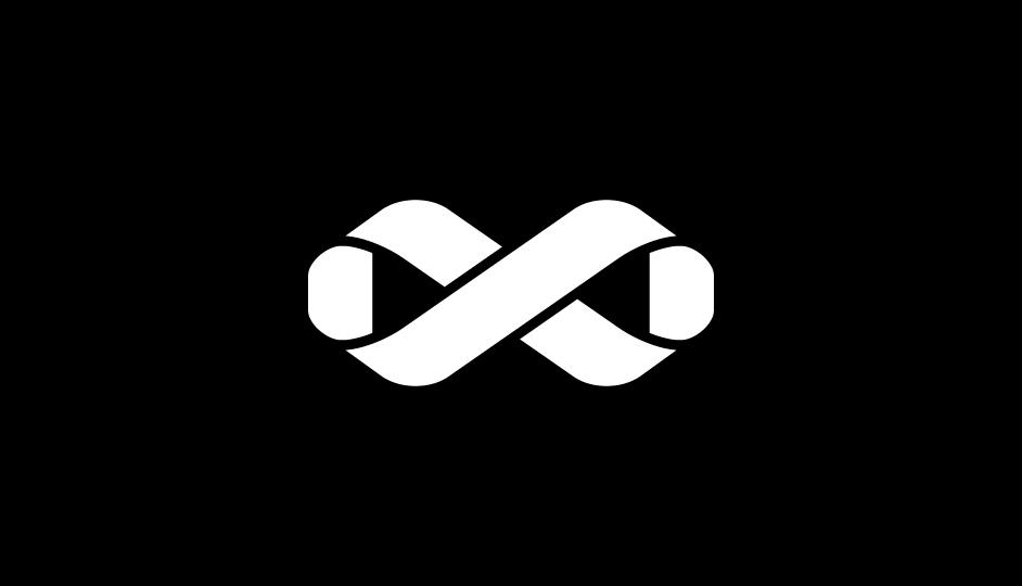 07. El lazo que forma la cinta de Möbius del signo Infinito y representa la síntesis del tratamiento (blanco sobre negro).