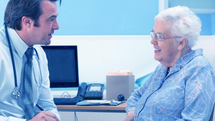 El consultorio proporciona los mejores instrumentos de estudio: los sentidos.